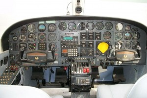 421B-cockpit