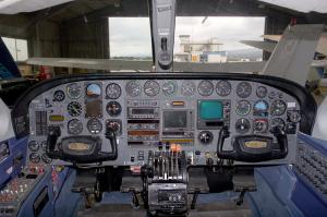 421C-cockpit