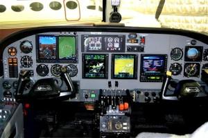 cessna 421 cockpit